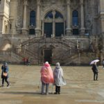 3 pilgrims from Spain, France and Switzerland collected the Compostela last February
