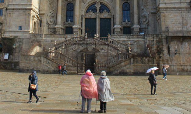 3 peregrinos de España, Francia y Suiza recogieron la Compostela el pasado mes de febrero
