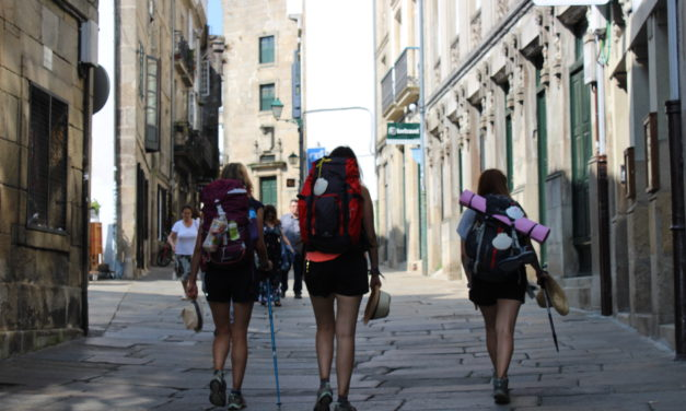 April 2019: 31,721 pilgrims took the Compostela in an April with more women than men and 64% foreigners!