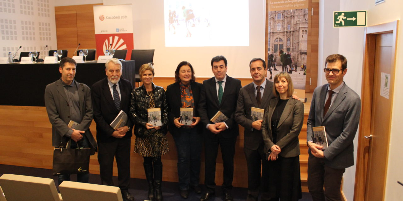 "Presentation of our first book and audiovisual with experiences of pilgrims: ""The memory of the pilgrims"""