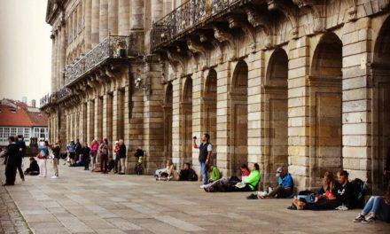 Los pórticos del ayuntamiento en la plaza del Obradoiro
