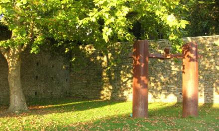 Magical corners of Santiago: Chillida sculpture in San Domingos de Bonaval Park